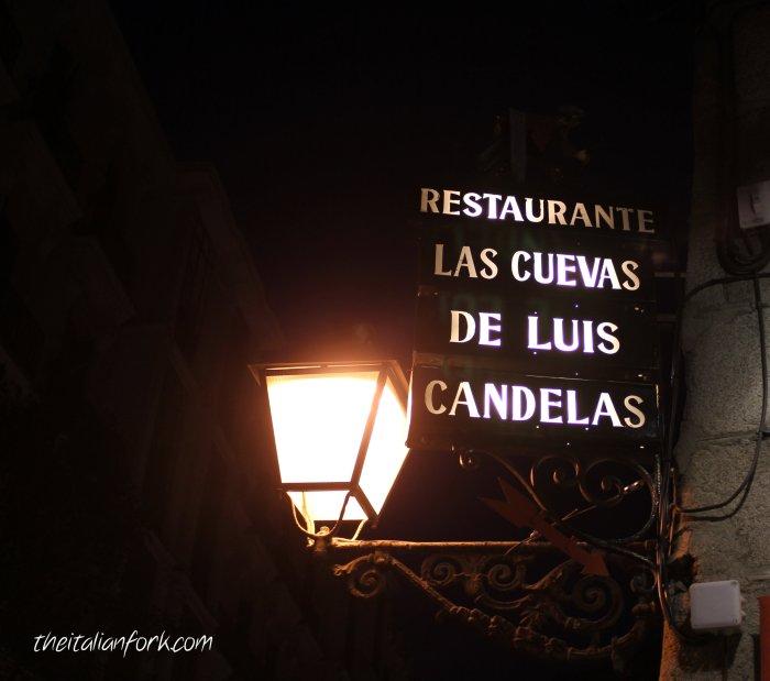 cuevas_lantern